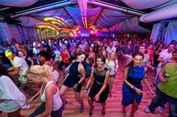 Salsa, Freiburg, Tanzschule Freiburg, Tanzen,  Dance, Georg, Anthea, Salsa Tanzen, Picture, Salsa Kurse, AYA, Tanz, Bilder, Unterricht, Tanzunterricht, Tanzschule, Bachata, Cha Cha Cha, Kizomba, Rueda
